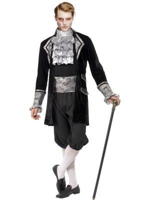 Costum Baroc